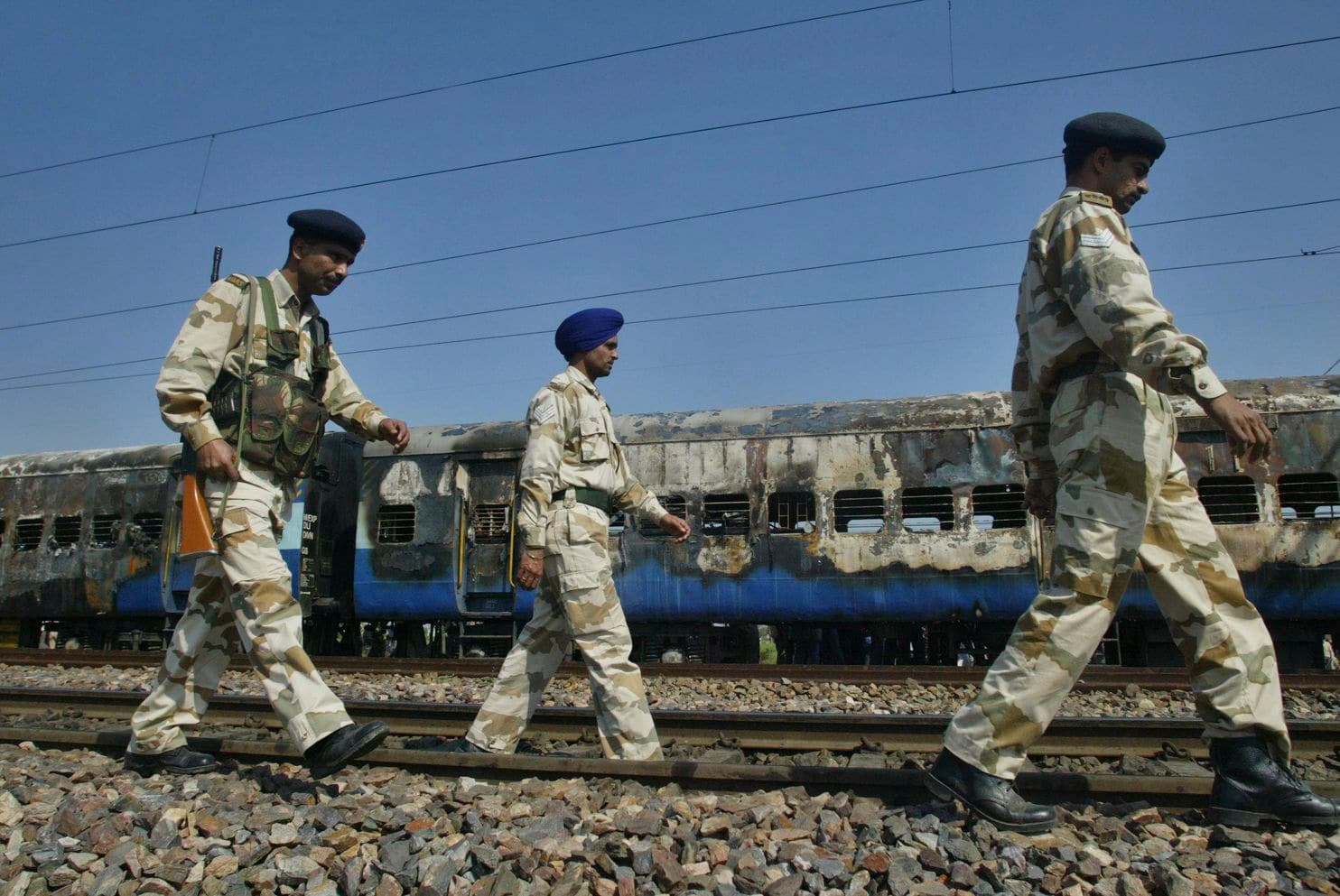 Indian court acquits 4 Hindu activists in train bombing that killed over 40 Pakistani nationals