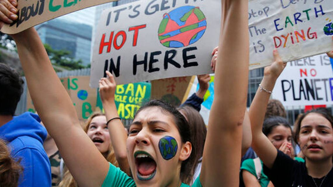 The Latest: UN chief says climate protesters inspired him