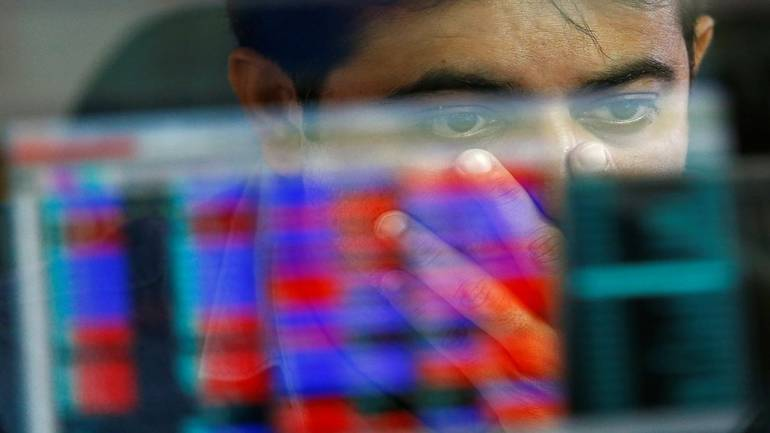 Market Live: Sensex flat in pre-opening, Nifty above 10,550; rupee opens lower