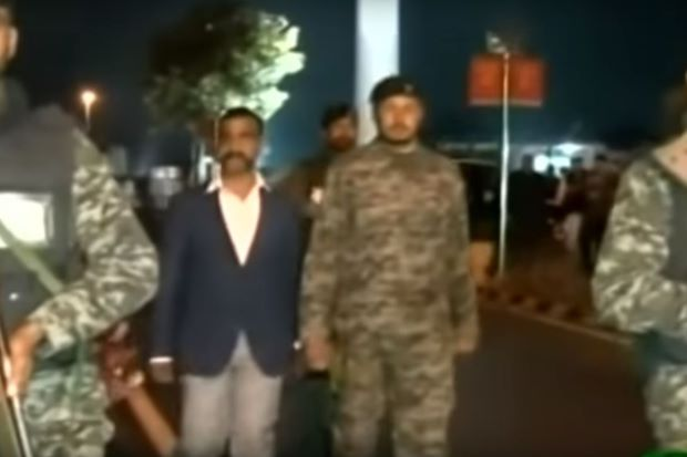 Indian air force pilot captured by Pakistan returns home