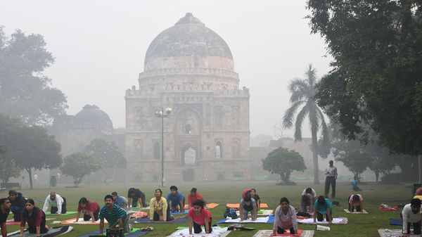 Delhi's air quality 'very poor', expected to turn 'severe' due to dust storm