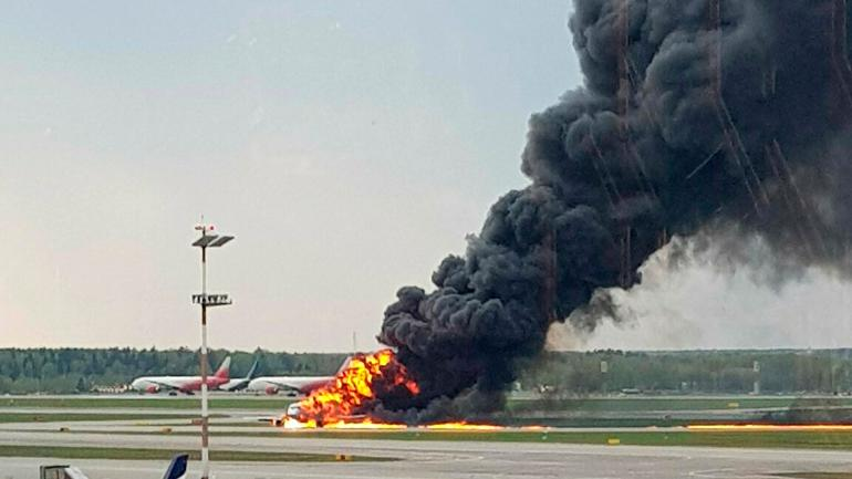 At least 40 dead in Russian plane's fiery emergency landing