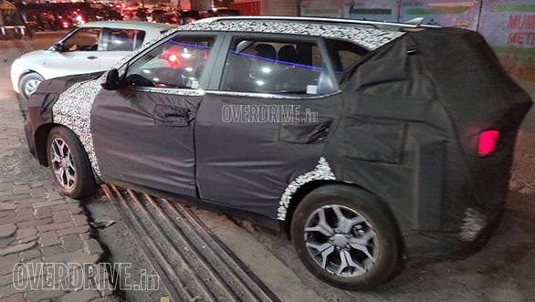 Kia Tusker (SP2i) compact SUV spotted in Mumbai, India - launch expected in June