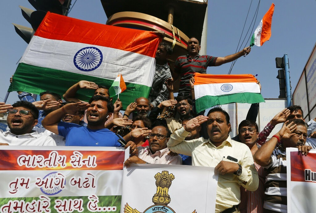 Indian traders plan to burn Chinese goods