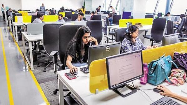 Employees in India Inc may get higher salary hike this year: Report