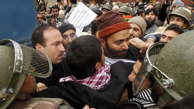 India charges Kashmiri pro-independence leader amid crackdown