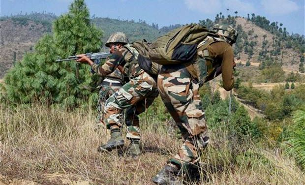 India, Pakistan trade heavy fire on LoC in Poonch
